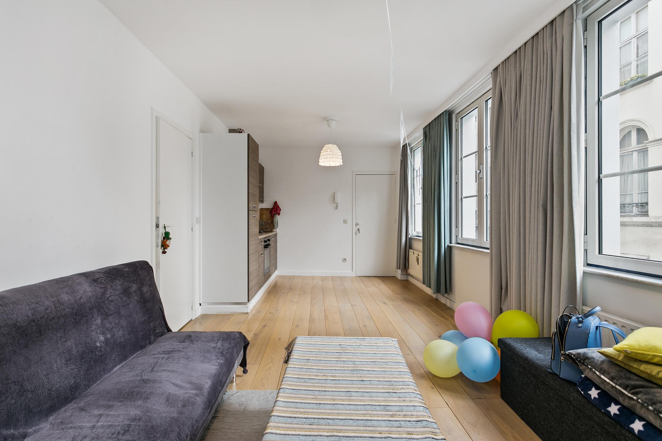 Neon vastgoed immo te koop appartement antwerpen for Immo antwerpen te koop
